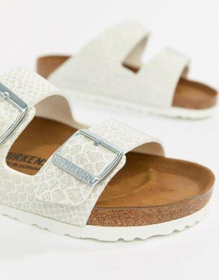 נעלי Birkenstock Arizona Magic Print בירקנשטוק צבע לבן לנשים
