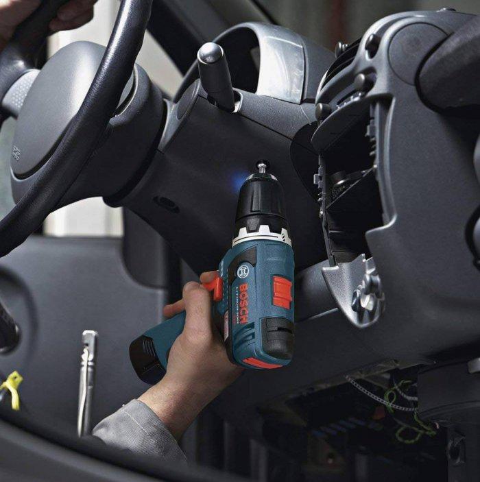 מברגת Bosch 12V כולל תיק נשיאה, מטען (מתח 110V) ו-2 סוללות