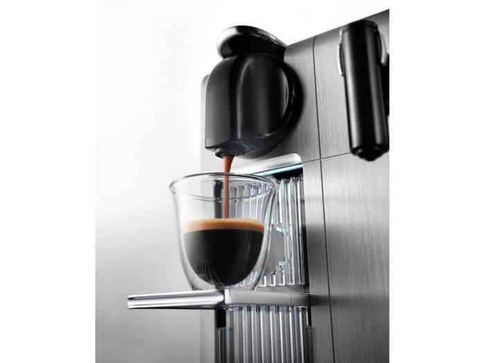 מכונת קפה Nespresso Lattissima Pro נספרסו